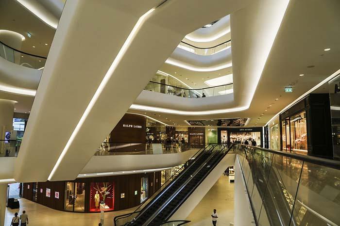 Wer beim Bangkok Shopping Trip nach Luxus sucht ist im Central Embassy an der richtigen Adresse