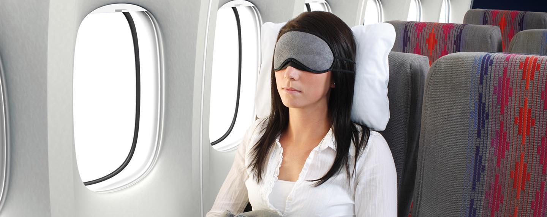 Schlafen im Flugzeug ist nicht immer einfach