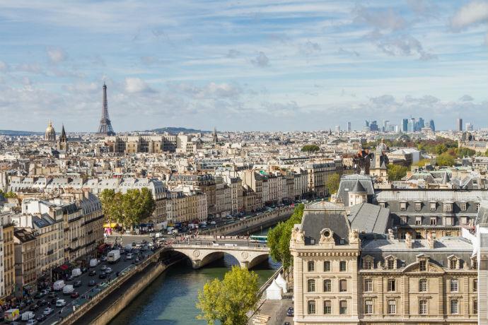Mädelstrip Paris
