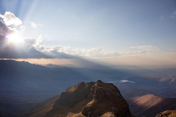 Blick vom Amphitheater der drakensberge in Südafrika