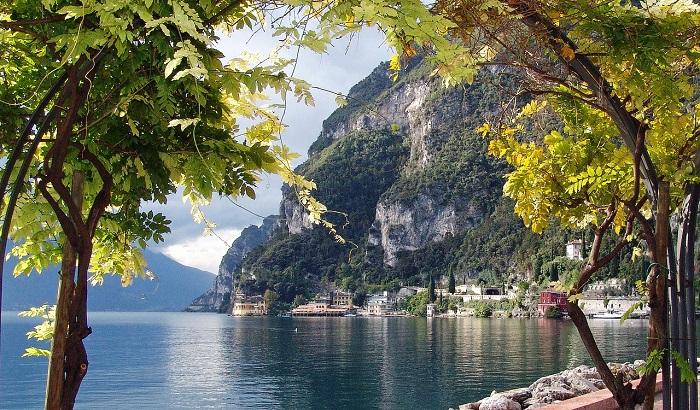 Gardasee Italien Herbsturlaub Wein
