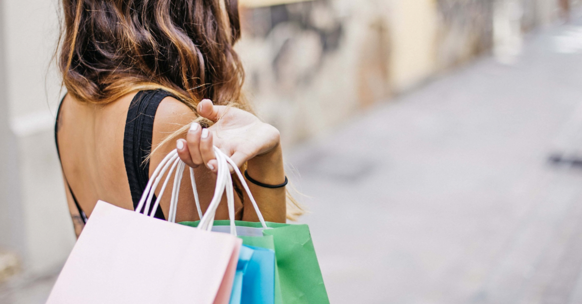 Shopping in Barcelona 1200x628