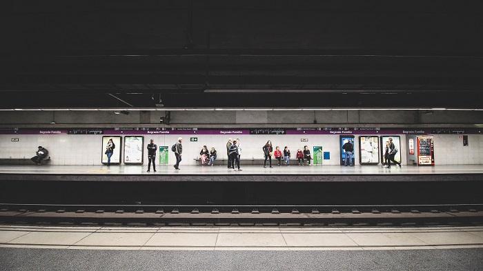 Flughafentransfer Barcelona Metro