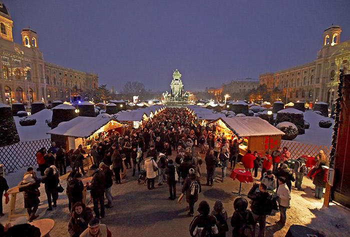 Weihnachtsmarkt Maria Theresienplatz Wien